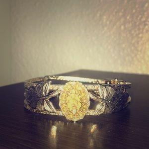 Jewelry - Rare vintage bracelet